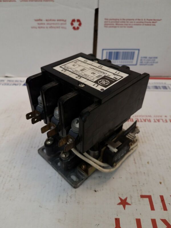 GE CR353FF3AP1, 240 480 600 Vac Max Contactor Motor Starter 75 Amp, 3 Pole  Open