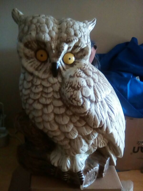 """HUGE VTG CERAMIC MIDCENTURY HAND PAINTED OWL  LARGE aprox.  21"""" X 17"""" X 12"""""""