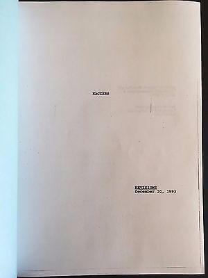 HACKERS Draft Script Repro 12/20/93 - Written by RAFAEL MOREAU
