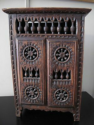ANTIQUE FRENCH BRETON CARVED WOODEN DOLL ARMOIRE Miniature Lit Clos Quimper