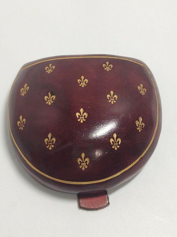 Vintage Coin Change Purse Holder Tray Leather Horseshoe Fleur de Lis Gold Trim