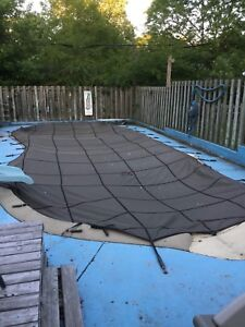 """Pool Cover - 20""""x40"""" - Only seen a few summers"""