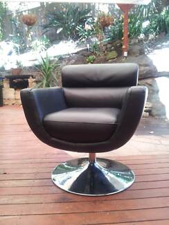 Eclectic dining, 4 swivel chairs and glass table Berowra Heights Hornsby Area Preview