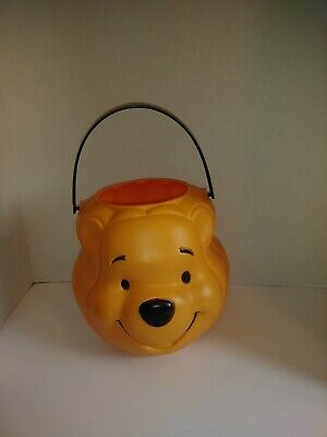 VINTAGE HALLOWEEN DISNEY WINNIE THE POOH TRICK OR TREAT BLOW MOLD CANDY PAIL
