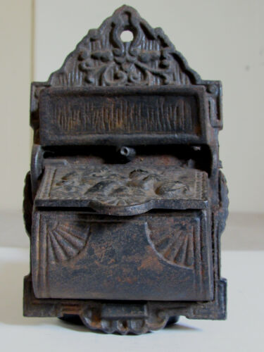 Antique Style Cast Iron Match Holder Safe Venus Kissing Cupid On Lid Wall Hanger