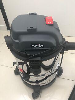 Ozito Wet and Dry vacuum