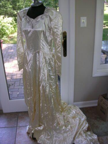 #B Antique 1930s Vintage Bridal Silk Satin Wedding Gown/dress