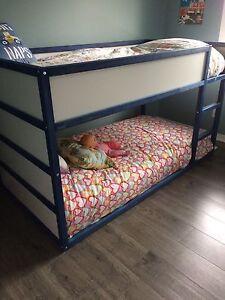 Bunkbed/loftbed