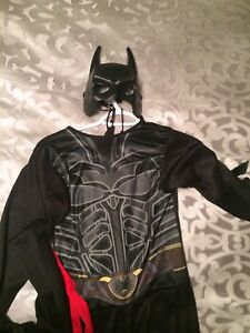 Batman and a ninja costume: sizes for 7-10 year old