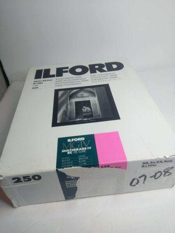 """Ilford Photo MGIV 8"""" x 10"""" 250 Sheets Glossy"""