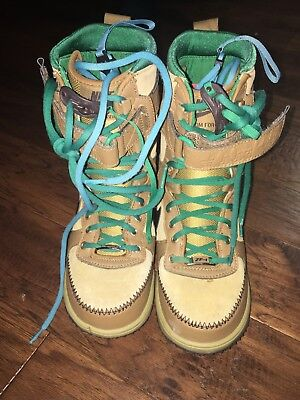 20fb9abe72da2 Nike Zoom Force 1 Womens Snowboarding Boots US size 5 334842-201