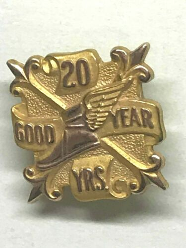 Goodyear 20 Year Employee Service Pin 10KT Gold Lapel Pin Winged foot Tires (I)