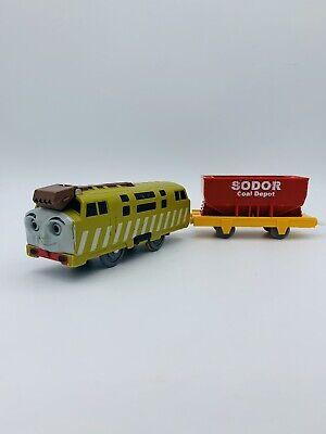 DIESEL 10 Thomas & Friends Trackmaster Motorized Train TOMY W/ Red Coal Hopper