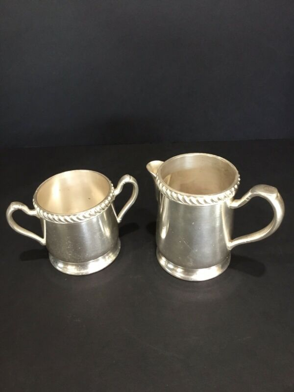 VINTAGE GRAND SILVER CO. NICKLE SILVER CREAMER AND SUGAR SET.