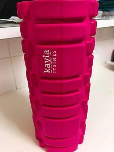 Kayla Itsines body roller- pink Epping Ryde Area Preview