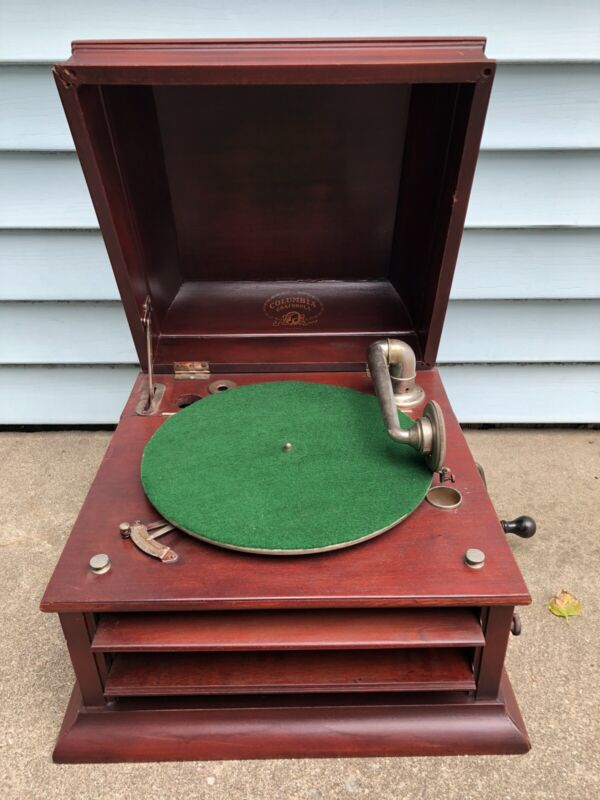 Vintage Columbia Grafonola Wind Up Phonograph Works Record  Player