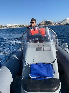 2 guys looking for fishing boat or farm job Townsville Townsville City Preview