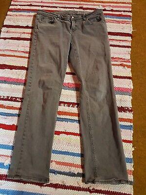 18a8cdbb7459 ESPRIT EDC Jeans Hose Damen grau Gr.40 short slim fit (kleiner Fleck) Mehr  Bilder. eBay