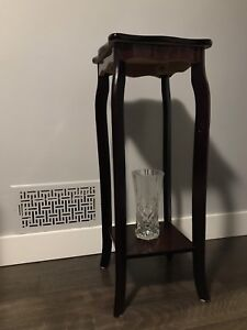 Cherry Wood Tone Pedestal for Sale