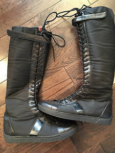 Authentic Prada winter boots size 9 women