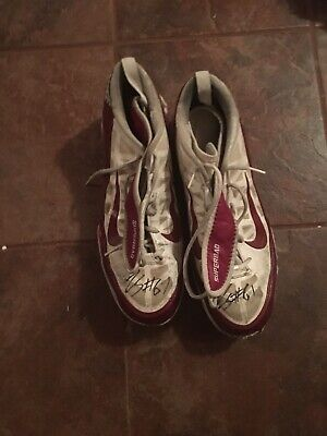 Arkansas Razorback Game (Arkansas Razorback Game Worn/Used Signed Cleats)