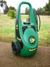 """Goldacres Pathway """"Squirt"""" recharge built in battery weed sprayer Tailem Bend The Coorong Area Preview"""