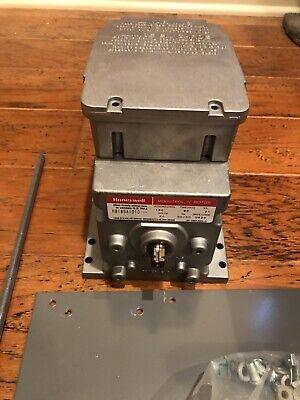 Honeywell M8185a 1010 Damper Motor Actuator 24 Volt 60lb 160 Replace M845a1050