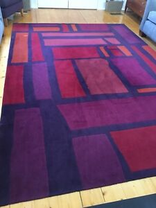 Large red, purple and orange rug 3.4m x 2.4m excellent condition