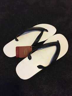 Brand New White and Black Havaianas