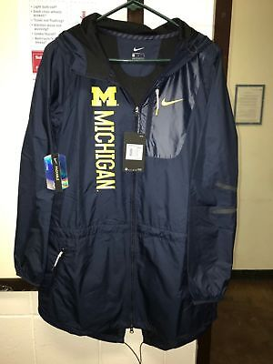 Nike Michigan Wolverines Navy Blue Full Zip Women's Packable Hooded Jacket $125