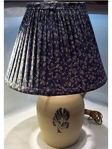 Ethan Allen Farmhouse Style Country Crock Lamp