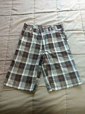 Plaid Woven Shorts (Southpole Plaid Woven Shorts Black and Gray Size 32)