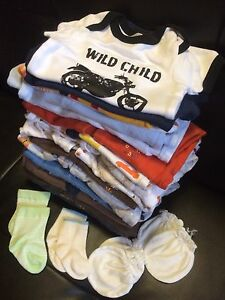 0 to 3 Month Clothes Lot; Penkkle, Gap/ON, Carters/OK, Joe
