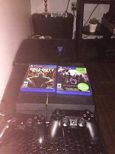 Ps4 with call of duty 3 and resident evil 6, 2 controllers