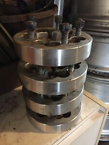 "4 wheel spacers 5x108 (1.25"")"
