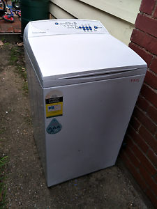 FREE (for fix or parts) Fisher and paykel washing machine Coburg Moreland Area Preview