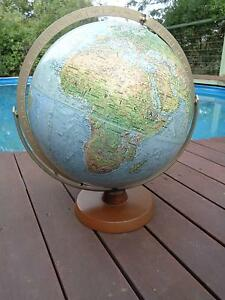 VINTAGE COLLECTABLE WORLD GLOBE - EMBOSSED DESIGN Melbourne CBD Melbourne City Preview