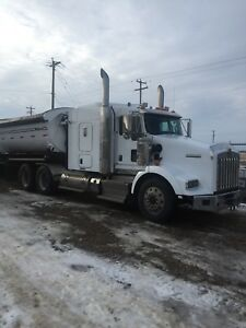 "2012 T800 heavy spec with 62"" flat top"