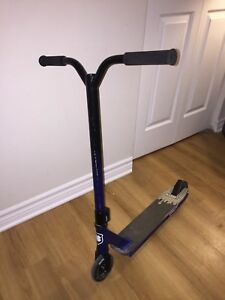 Lucky Strata 2015 Freestyle Scooter