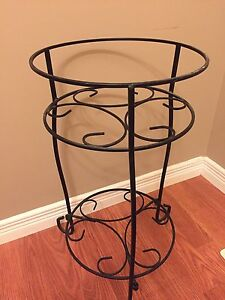 2tier metal plant stand