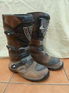FORMA ADVENTURE MOTORCYCLE  BOOTS - GREAT CONDITION!