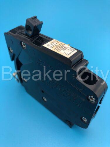 1 MP220 CROUSE HINDS MP Breaker 2 Pole 20 Amp MP220 double pole
