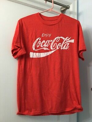 Men's Coca Cola Red T-Shirt Size Medium