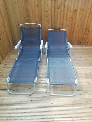 Set of 2 sun lounger chairs