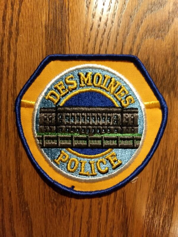 DES MOINES IOWA POLICE PATCH CAPITAL CITY COLLECTION - CAPITOL DOME - NEW