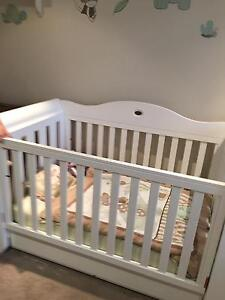 Boori Nursery furniture (Cot, Bassinet and Change Table) Riverview Lane Cove Area Preview