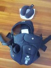 Tomy Freestyle Click and Go Baby Carrier South West Rocks Kempsey Area Preview