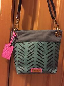 Brand New Fossil Purse For Sale