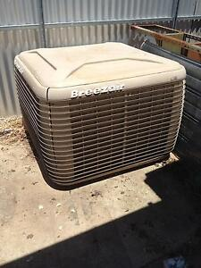 Breezair ducted evaporative air conditioner Albert Park Charles Sturt Area Preview