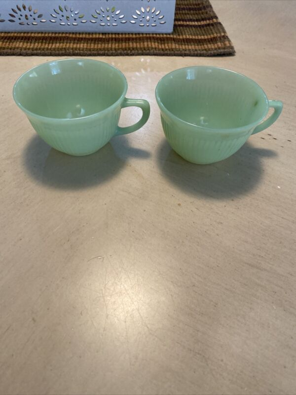 VINTAGE FIRE KING SET OF 2 JANE RAY JADE-ITE COFFEE/TEA CUPS